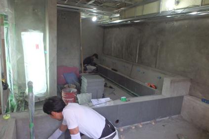 浴室洗い場石張り